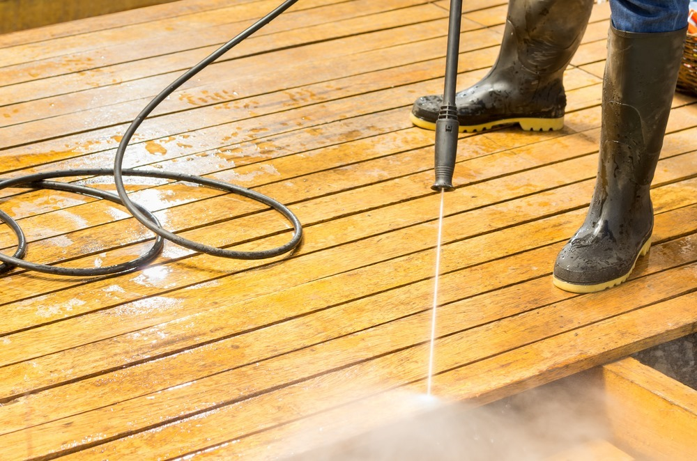 Jet wash patio cleaners works well on various surfaces such as wood surfaces.